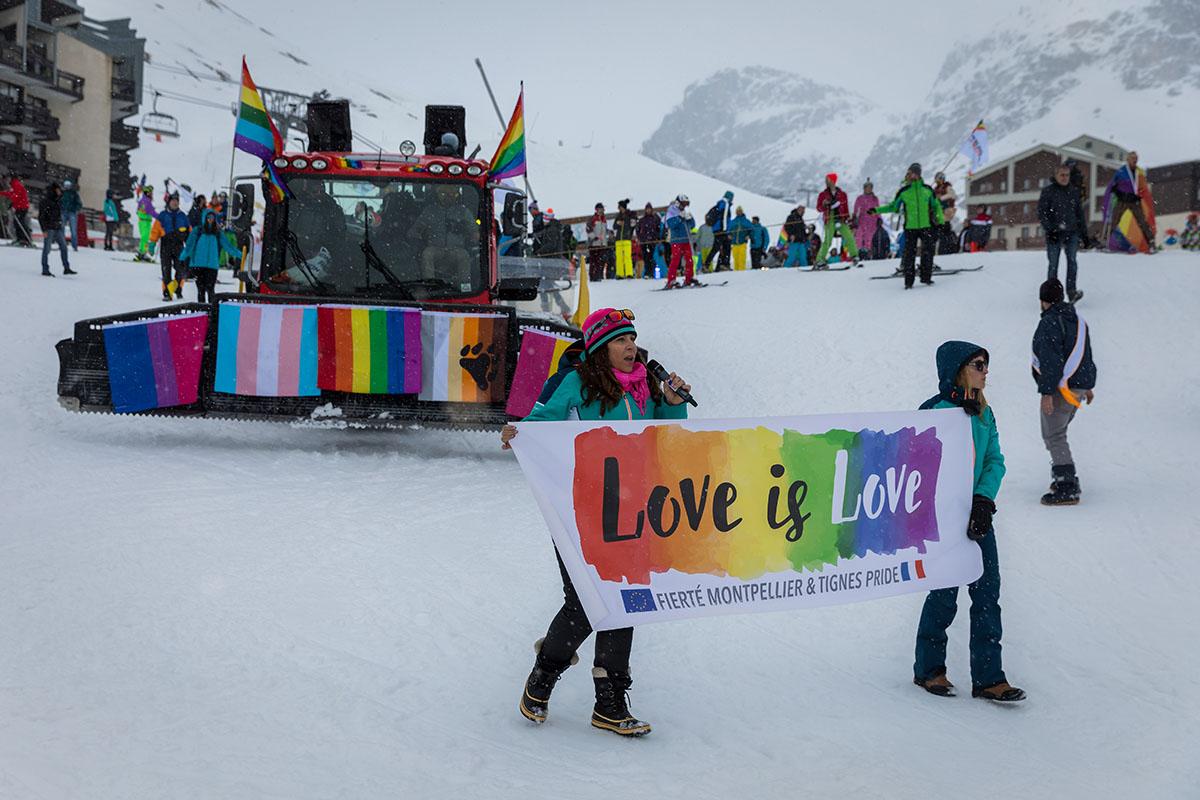 gay dating i ski